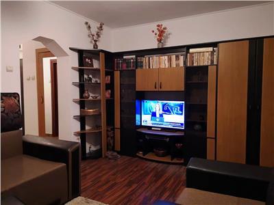 Podu Ros apartament 2 camere etaj intermediar