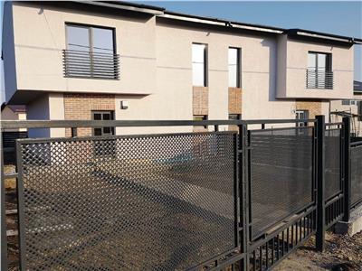 Vila duplex Expo Mobila Cug 65000 euro