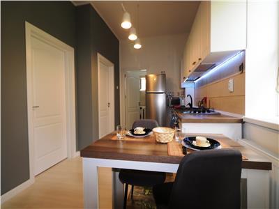 Apartament 3 camere zona ultracentrala - Blv Independentei