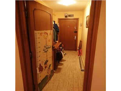 Apartament 3 camere, Central, Targu Cucu, Independentei, oportunitate