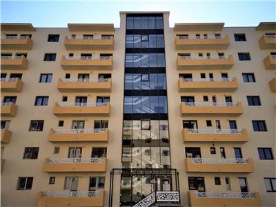 Apartament 2 camere , CUG 250m de statie, nou