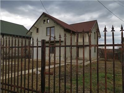 Vila 5 camere in Horpaz cu 800 mp teren