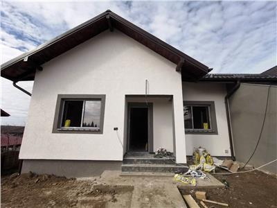 Casa stil duplex plan parter zona Valea Adanca