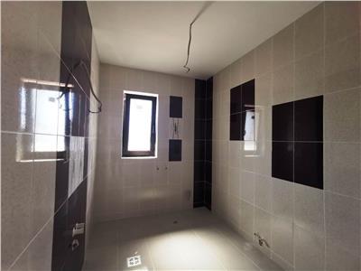 Casa tip duplex 3 camere și beci în zona Valea Adanca
