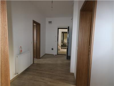 Apartament 3 camere decomandat - 60mp + gradina 50mp - Mutare imediata