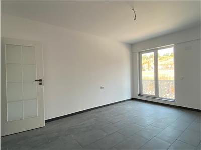 Apartament nou 3 camere cu terasa, 92mp, 82800 Euro, Pacurari