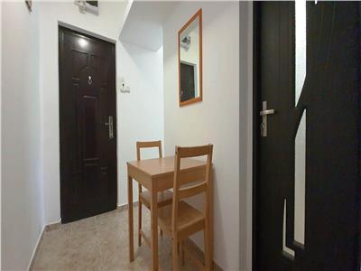 Apartament 2 camere, Alexandru-Piata Voievozilor, 300 euro