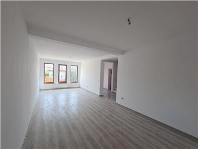 Apartament cu 4 camere mutare imediata, ERA PACURARI
