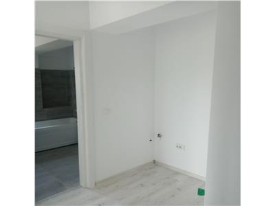 Apartament 1 camera decomandat, etaj intermediar, Bucium